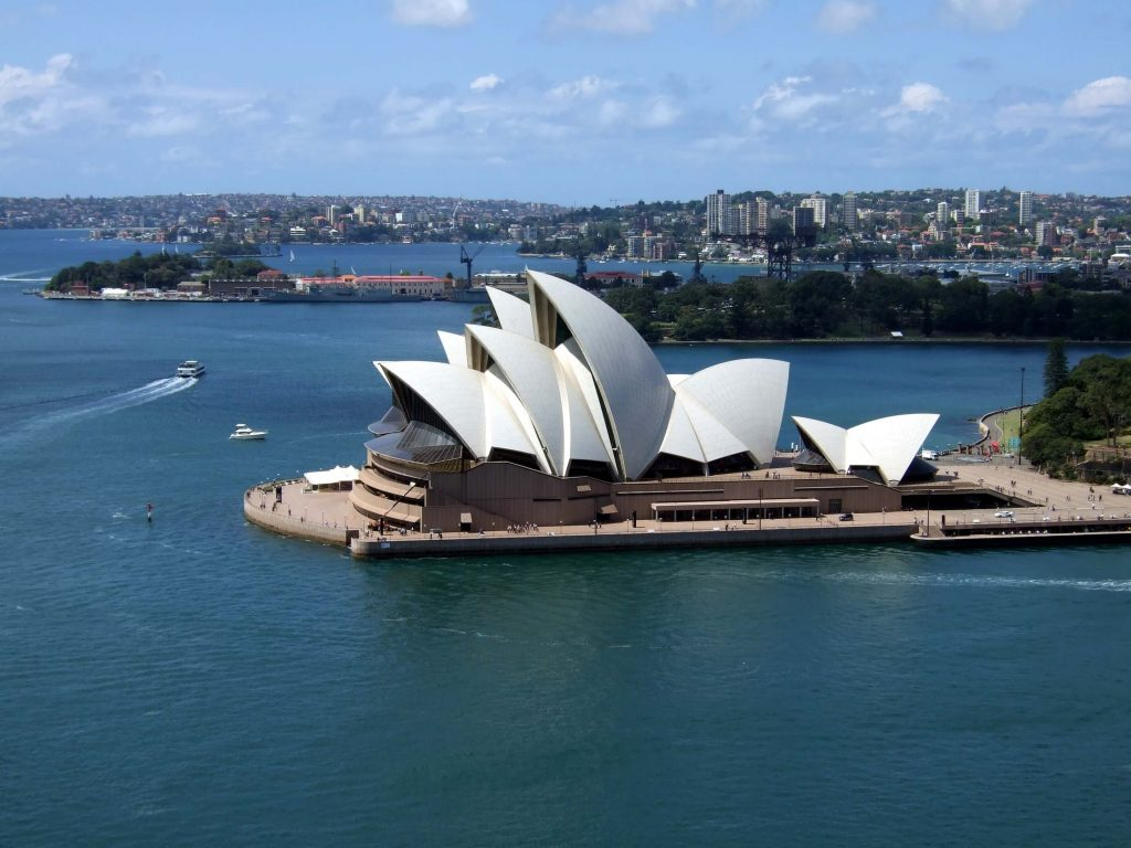 Sydney Opera House byhttps://www.flickr.com/photos/jamescridland/