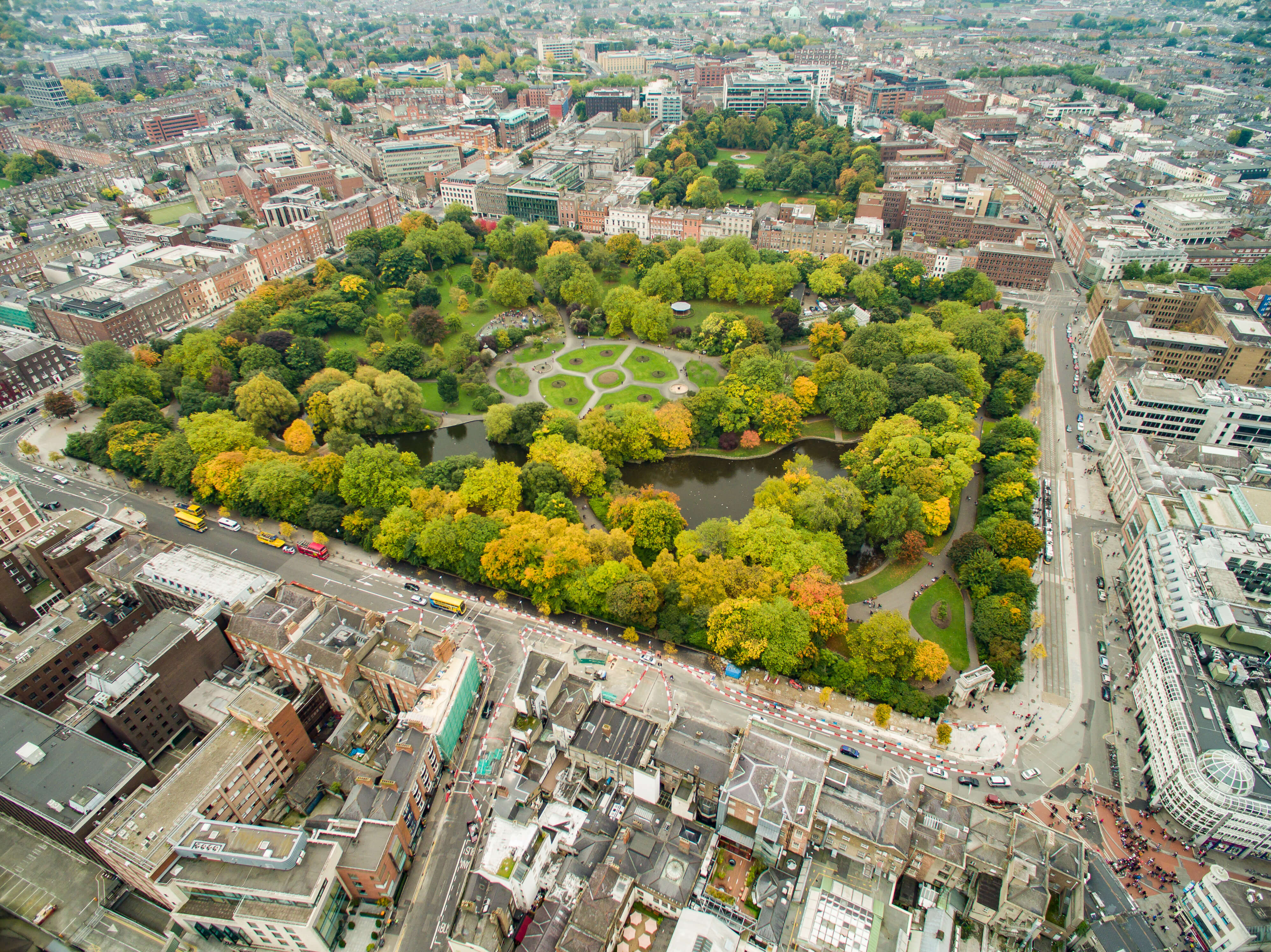 Arial photograph of Saint Stephen's Green - Photo Credit: Dronepicr (Flickr)