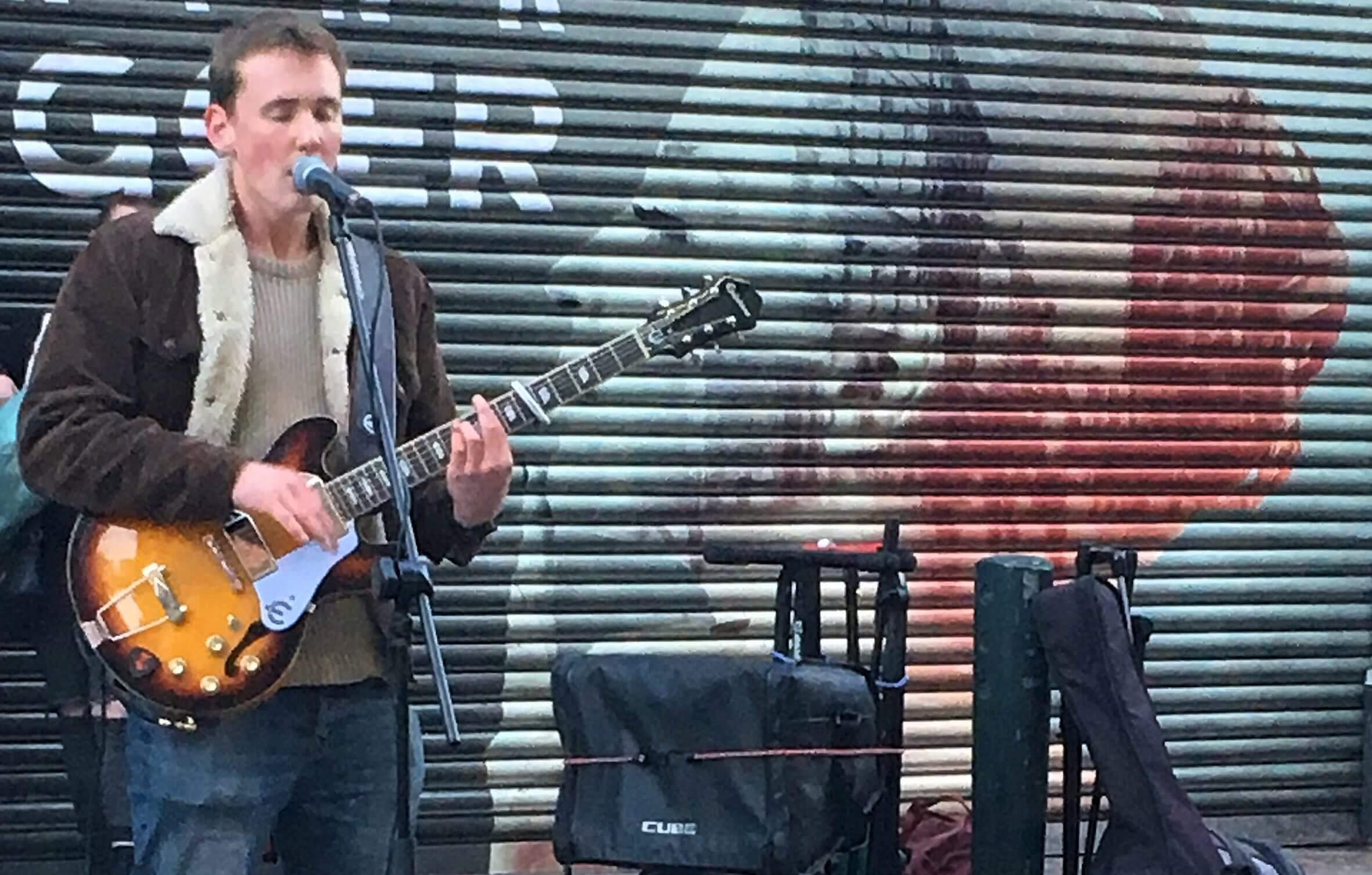 Buzz Apollo Music in Grafton Street. Image credit: Stine Solli Ødegård