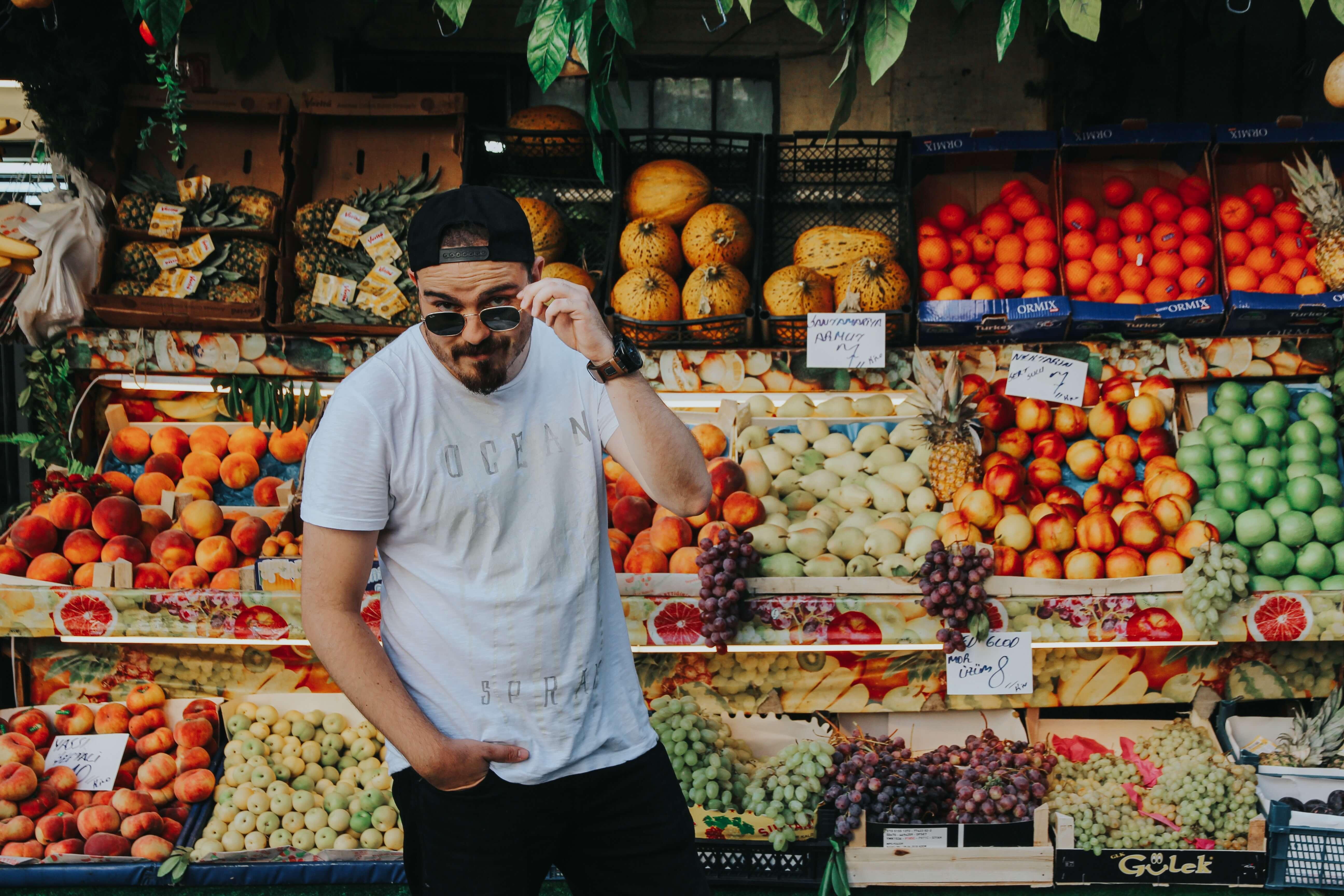 fruit vegan man market